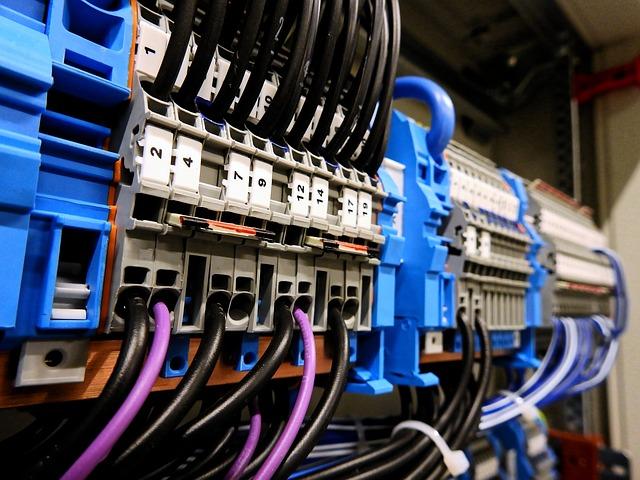 kable połączenia elektryczne
